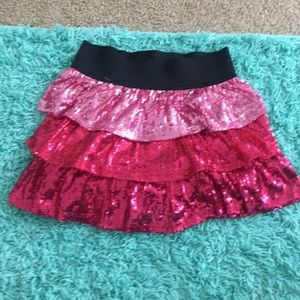 Cute sequins skirt